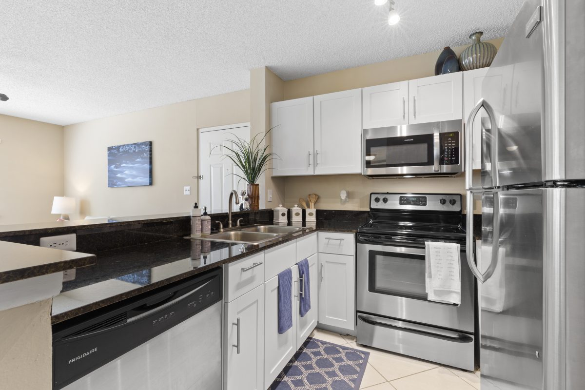 Virtual staging your kitchen