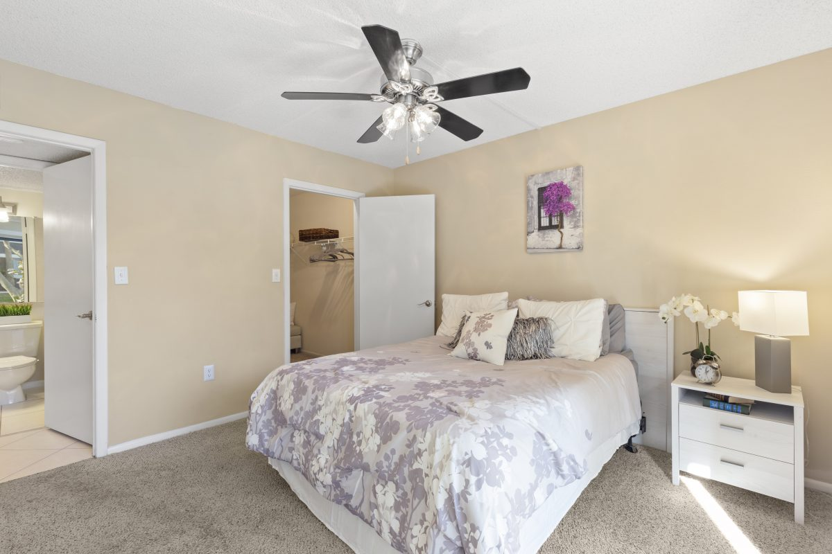 Virtually Staging Bedroom